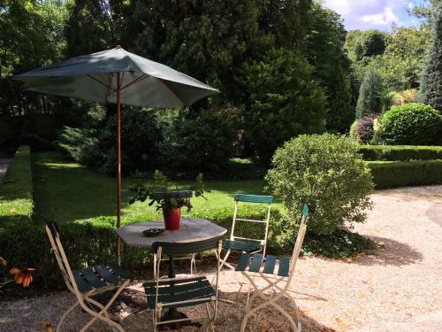 Buda Hills villa apartment Апартаменты с видом на сад