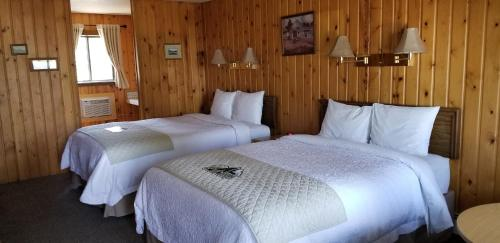 Alpine Lodge - Red Lodge, MT 59068