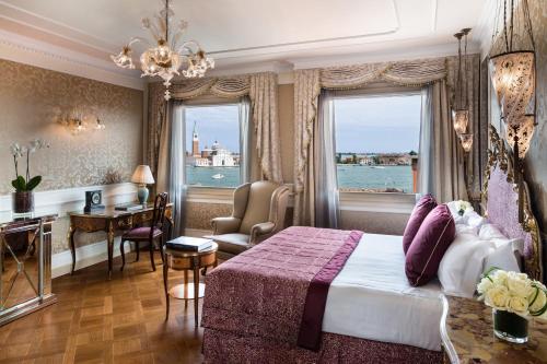 San Marco 1243, Calle Larga dell'Ascensione, 30124 Venice, Italy.
