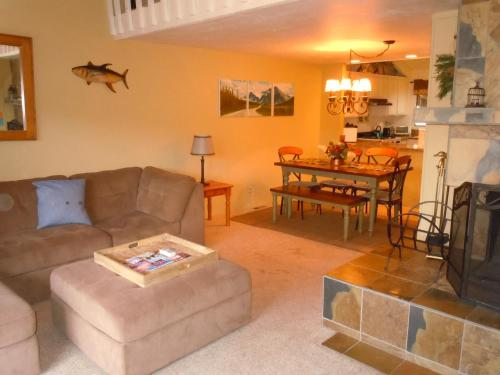 Two-Bedroom Premier Townhouse Unit #69 by Snow Summit Townhouses - Big Bear Lake