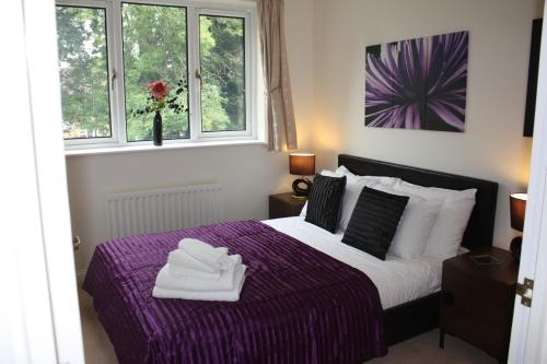 Picture of Berkshire Rooms - Gray Place