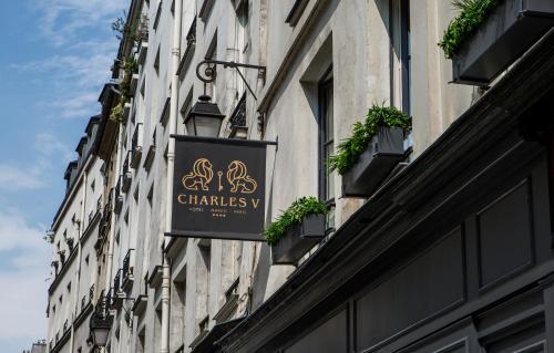 Charles V - Hôtel - Paris