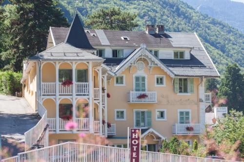 . Chalet-Hôtel Le Belvédère
