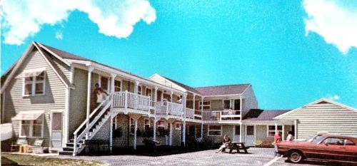 White Cap Village - Old Orchard Beach, ME 04064