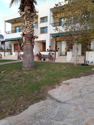 Pomos Sunset Apartments