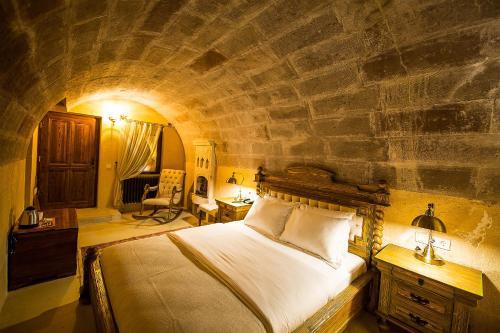 Uchisar Maya Cave adres