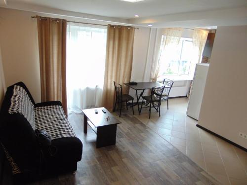 . Apartment on Sobornyi avenue 133
