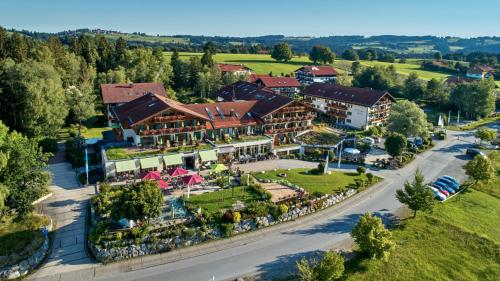 . Parkhotel am Soier See