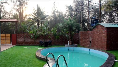 prix compétitif 24220 35db4 Waves Boutique Hotel Ganpatipule in India