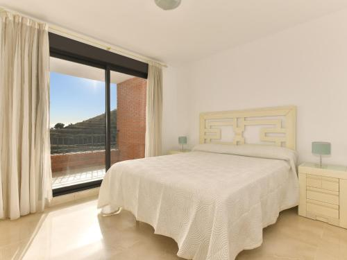 Apartamento com 2 Quartos e Vista Mar Parcial (4 Adultos)  (Two-Bedroom Apartment with Partial Sea View (4 Adults) )