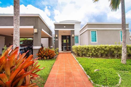 Caguas 4 Bedroom Home