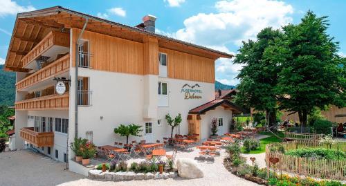 Alpenhotel Dahoam - Hotel - Schleching