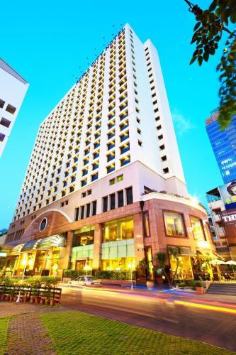 The Royal City Hotel photo 48