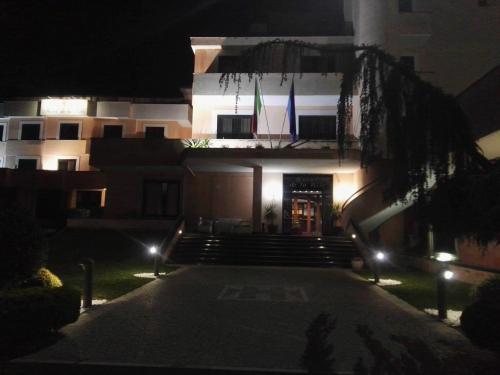 Hotel De La Ville And Centro Congressi