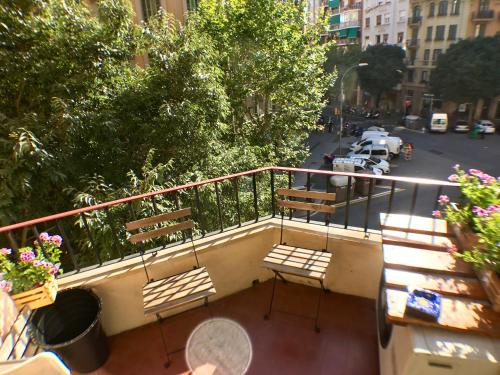 Aribau Balcony Apartment photo 13