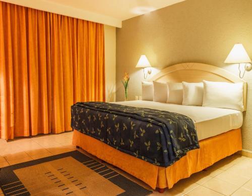 HotelPlaza Inn Express