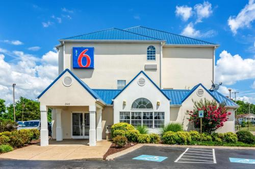 Hotel Motel 6 Chattanooga Downtown