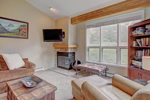 Woods25 Townhome Condo - Copper Mountain, CO 80443