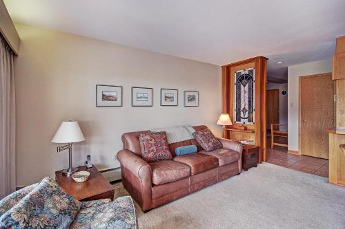 Cj202 Copper Junction Condo