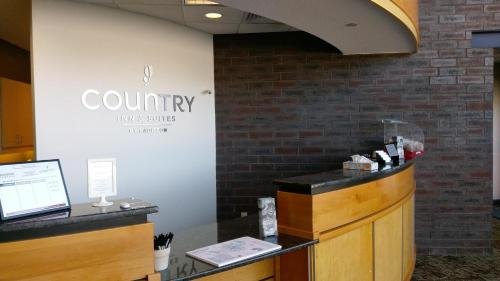Country Inn & Suites By Radisson Fergus Falls Mn - Fergus Falls, MN 56537