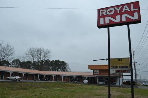 . Royal Inn Albertville
