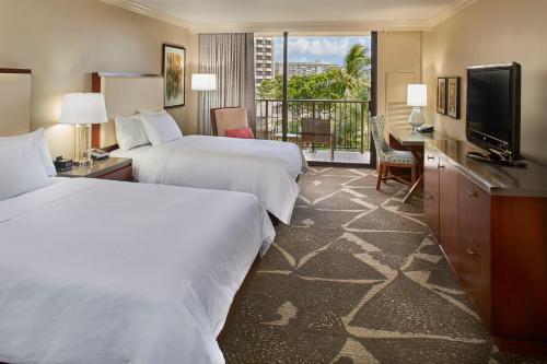 Hilton Hawaiian Village Waikiki Beach Resort Hotel Review