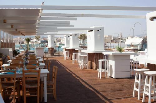 Eleftherias square 71202, Heraklion, Crete, Greece.