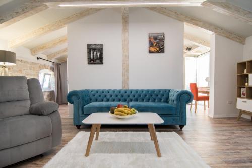 . Apartment Borgo 8
