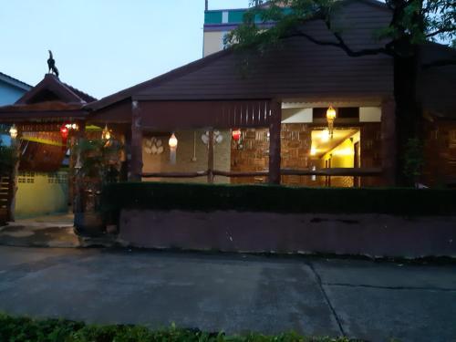 Montri Resort Donmuang Apartment photo 3