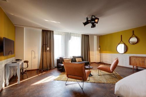 Hotel V Nesplein photo 47