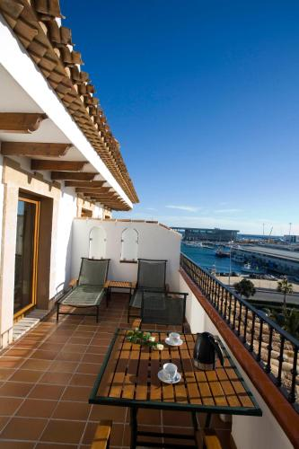 Junior Suite with Terrace - single occupancy La Posada del Mar 5