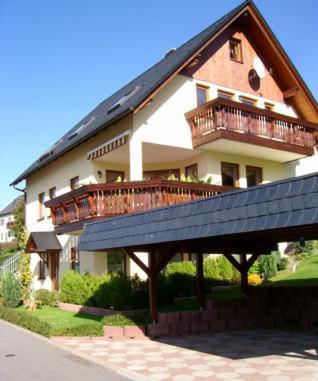 Ferienwohnung Edelmann - Apartment - Markersbach