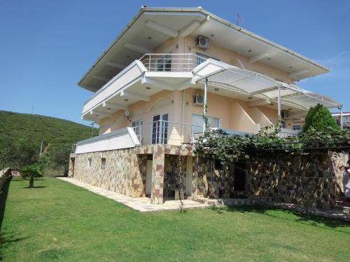 . Villa Daniela Apartments