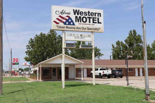 Western Motel - Alva, OK 73717