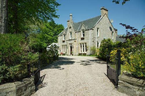 Ravenscourt House
