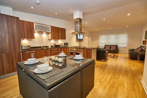 Edinburgh Pearl Apartments - Lochrin Place photo 39