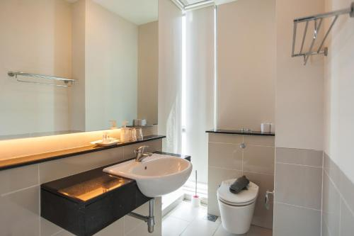 Happie Daze Homestay @ Swiss Garden Residences KL, Bukit Bintang, Kuala Lumpur