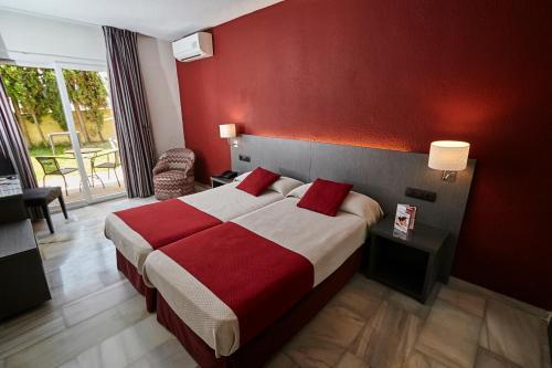 Hotel Nerja Club Spa In Nerja Trabber Hotels