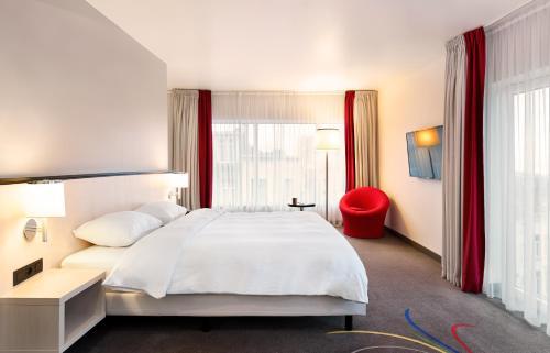 Hotel Park Inn by Radisson Brussels Midi Aðalmynd