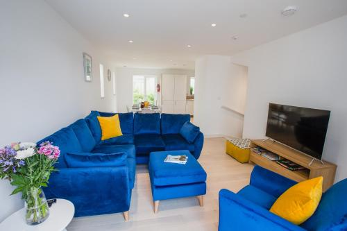 Tolcarne Townhouse By The Sea, Porth, Cornwall