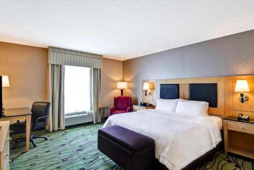 Hampton Inn & Suites Crabtree