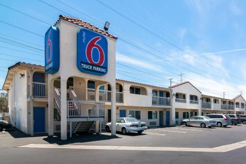 Motel 6 Los Angeles - South El Monte CA