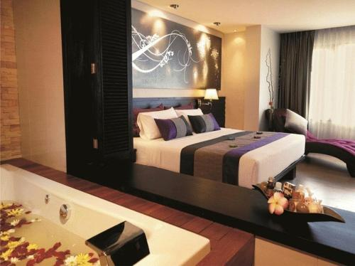 Nouvo City Hotel photo 3
