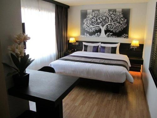 Nouvo City Hotel photo 6
