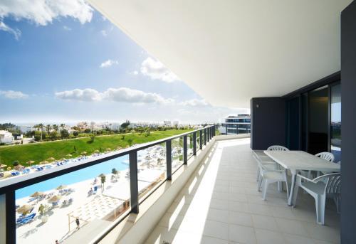 Estrada de Alvor, Galo Loiro, 85001-001, Portimao, Algarve, Portugal.