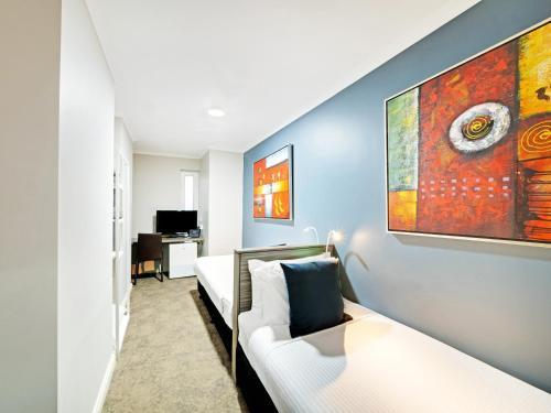 28 Hotel - image 3
