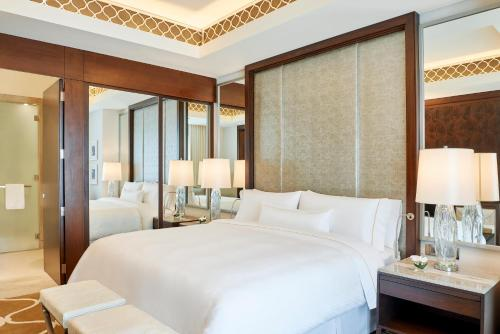 Hilton Dubai Al Habtoor City photo 82