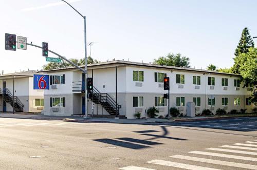 . Motel 6-Modesto, CA - Downtown