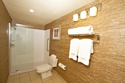 Holiday Inn Express Port Hueneme - Port Hueneme, CA 93041