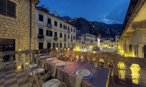 . Historic Boutique Hotel Cattaro